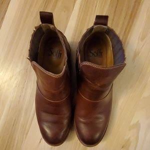 Sofft Shoes - Softf Bellis womens leather booties size 8M